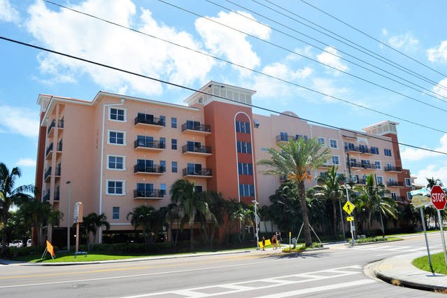 The resort is walking distance to Johns Pass Village & beach